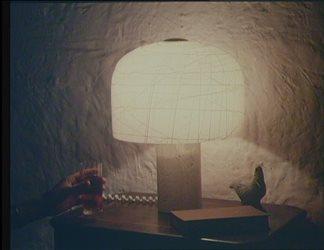 """Campagna """"Risparmiare energia elettrica si può"""" - spot Bonaccorti lampade al neon"""