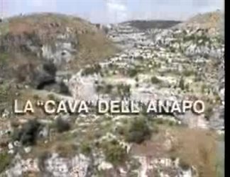 """La """"cava"""" dell'Anapo"""